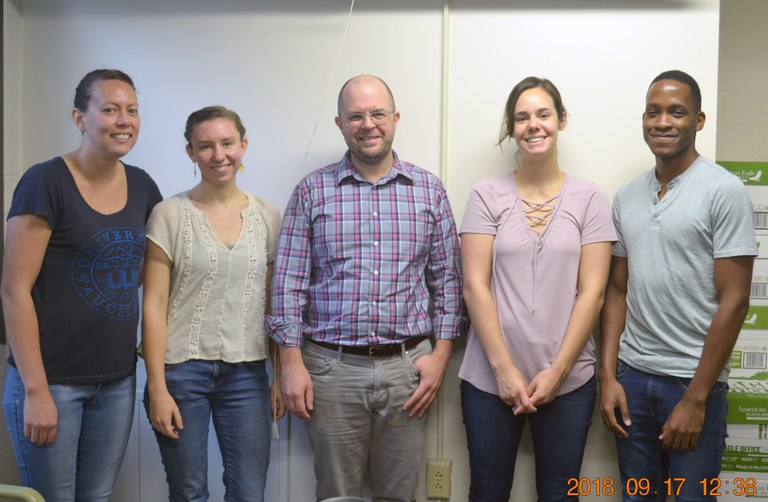From front left to right: Hanareia Ehau-Taumaunu, Laura Kaminsky, Dr. Jay Lennon, Miranda DePriest and Caylon Yates. (Image: Nancy Wenner, Penn State)